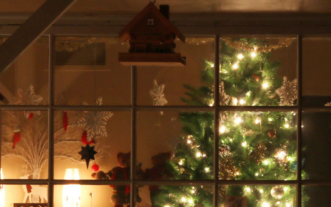 Must-Know Holiday Home Security Tips